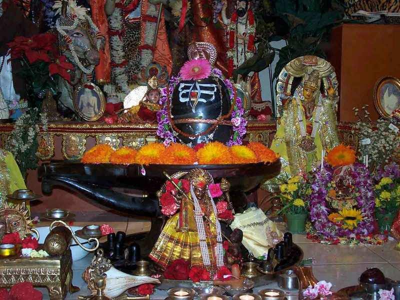"""Shree Maa's Shiva Lingam """"Satyeswara"""""""
