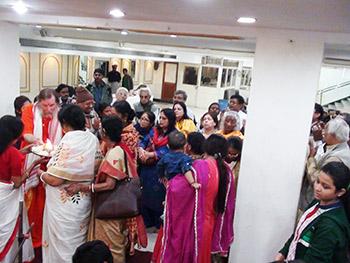Kolkata-Arati-350x263