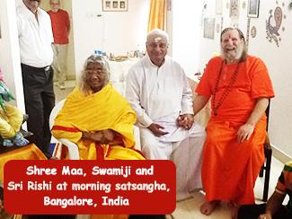 Maa,-Swamiji,-Rishi-325x244