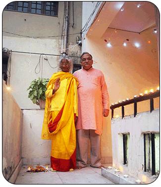 maa-and-sanjay-delhi-diwali