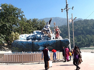 Rishikesh-Sculpture-320x240