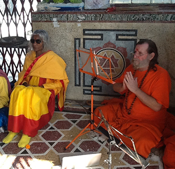 Shree Maa and Swamiji Chanting in Haridwar
