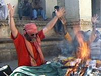 Swamiji fire ceremony 06 200x150px -80kb