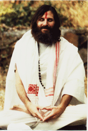 Young-Swamiji-Meditating