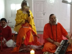 Maa and Swamiji chanting Chandi in Durga Mandir 2