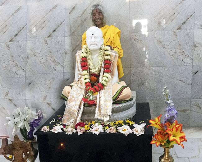 maa-mysore-smiling-ramakrishna