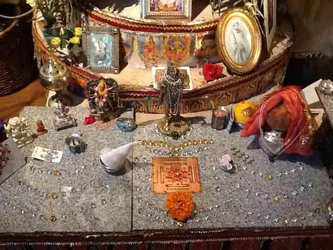 praveen-altar-1