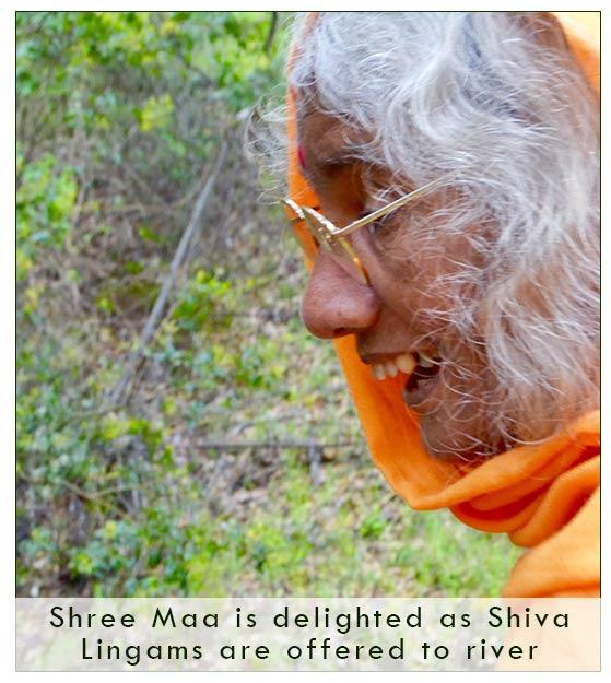 shree-maa-laughs-1