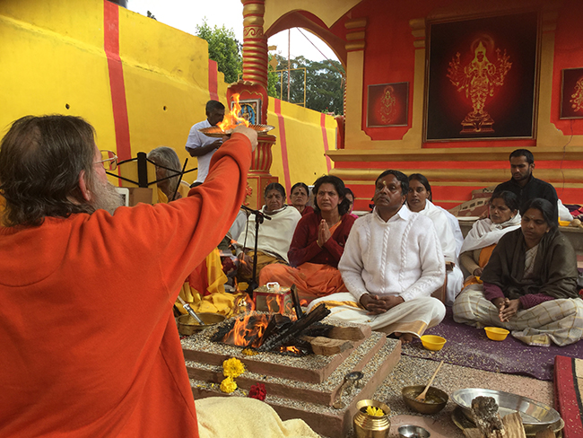 swamiji-first-homa-lakshmi