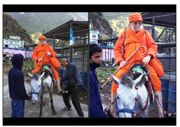swamiji-on-horse