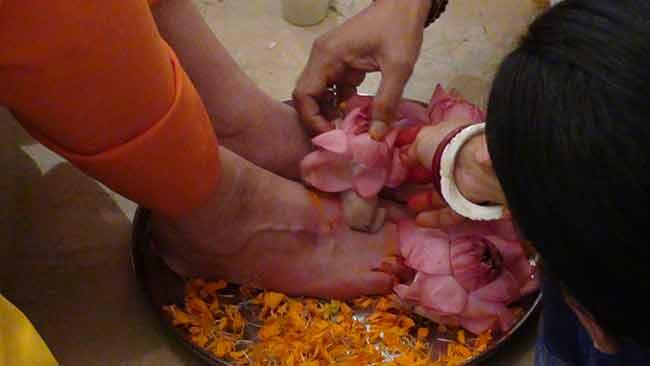 swamiji-puja-birthday