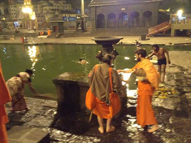 water-fountain-ram-ghat