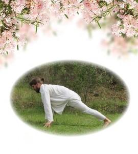 yoga-18-right-leg-lunge