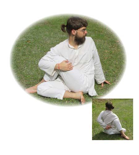 yoga-28-ardha-matsyendrasana-left