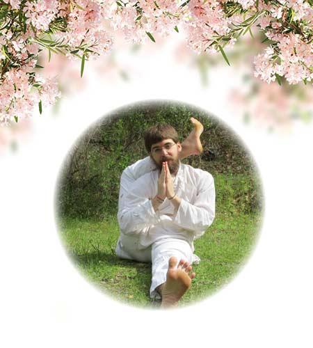 yoga-32-golasana